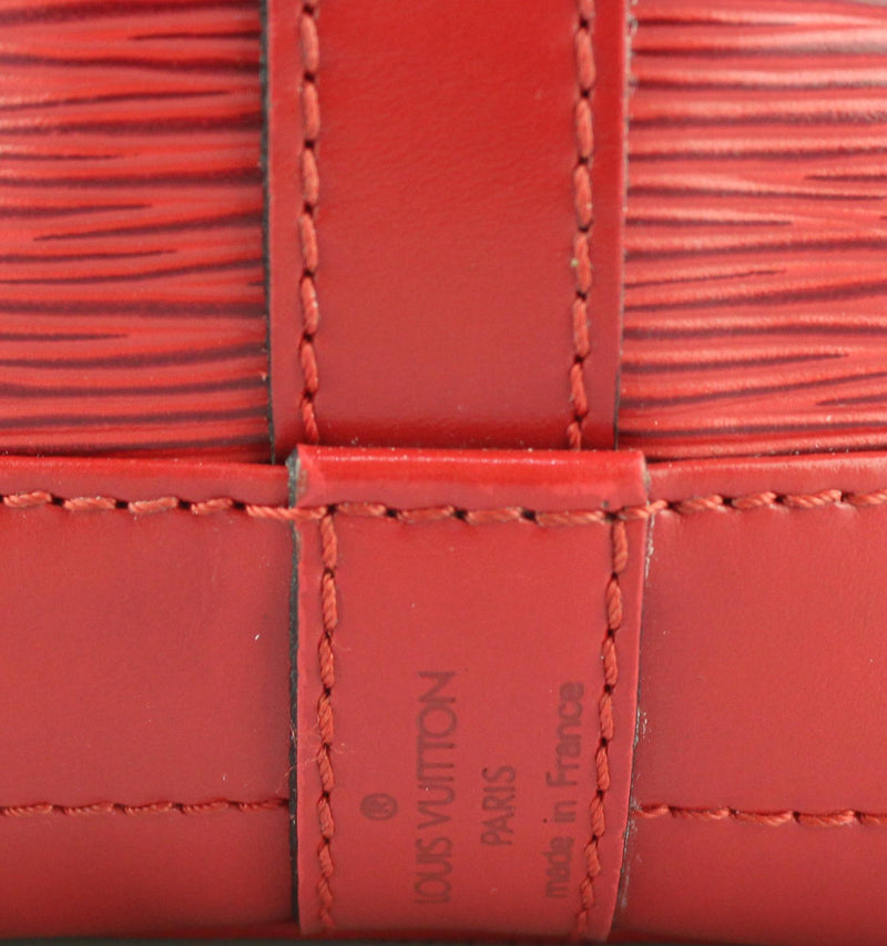 Louis Vuitton Epi Leather Rouge Vintage Noe MM 1994