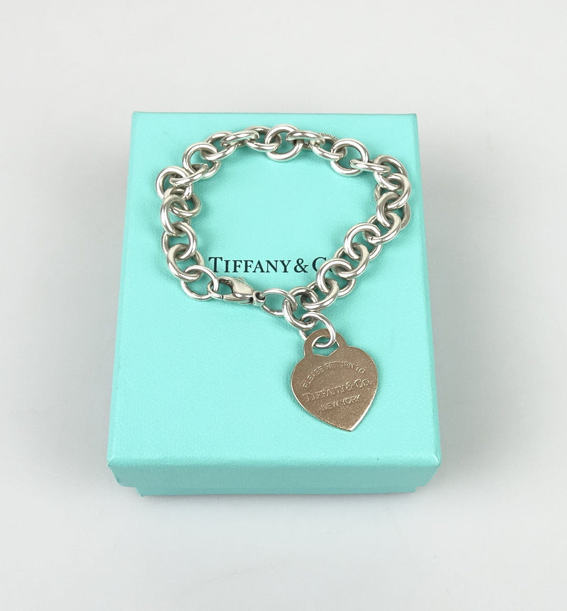 Tiffany & Co RTT Chain Sterling Silver Heart Pendant Bracelet