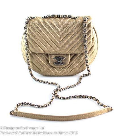 Chanel Gold Tone Chevron Round Flap Cross Body 20450036