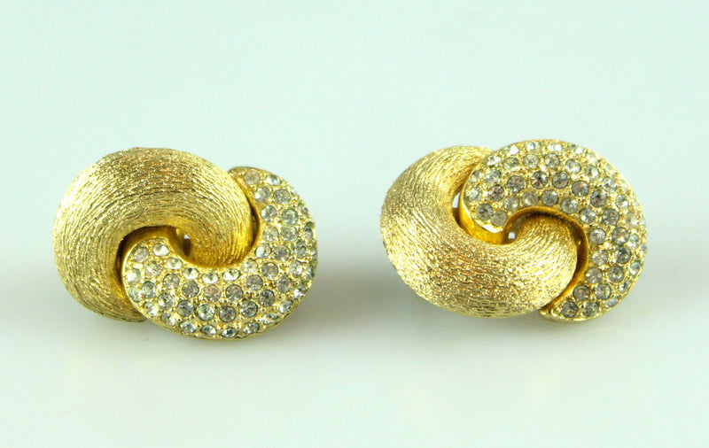 Christian Dior Vintage Clip Earrings With Brushed Glodtone And Stones