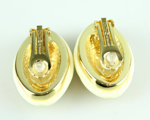 Christian Dior Vintage Clip Earrings With Oval Gold And Resin Surround