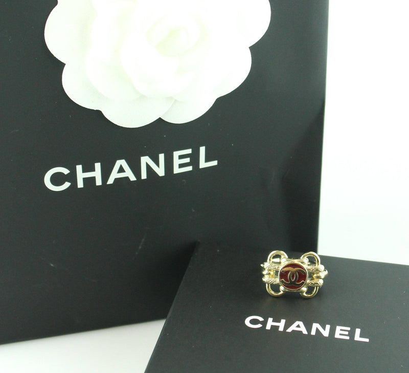Chanel 2017 Costume Gold Plate Ring CC Reissue Detail