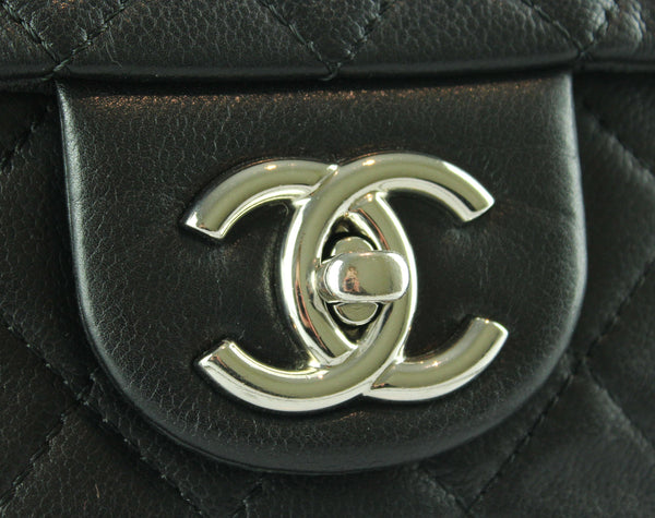 Chanel Black Soft Caviar Single Flap 08/09 SH