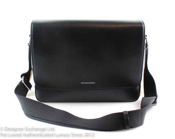 f4d90c65 Burberry Black New London Textured Leather Messenger Bag 2016 – Designer  Exchange Ltd