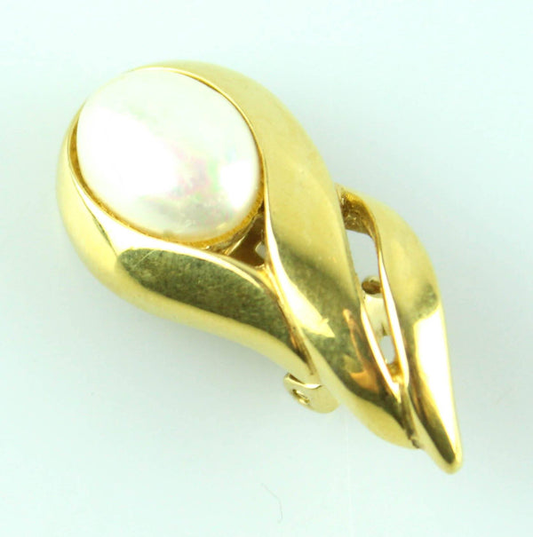 Christian Dior Vintage Goldtone And Pearl Clip On Earrings Teardrop
