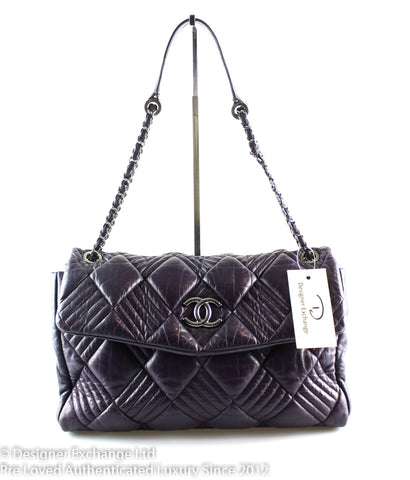 Chanel In and Out Aubergine Bubble Quilt 2008/09