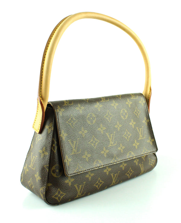 Louis Vuitton Looping PM Shoulder Bag Monogram DU0063