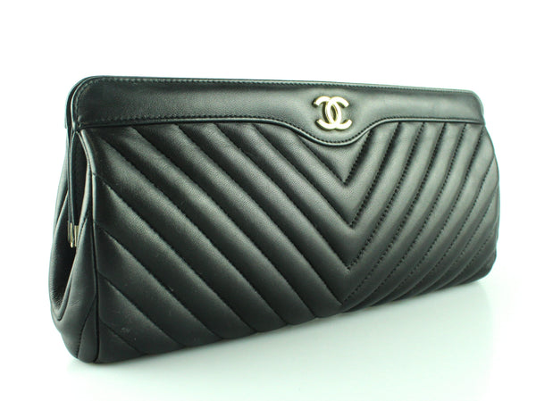 Chanel CC Clutch Black Chevron Quilted Lambskin Leather 2017/18