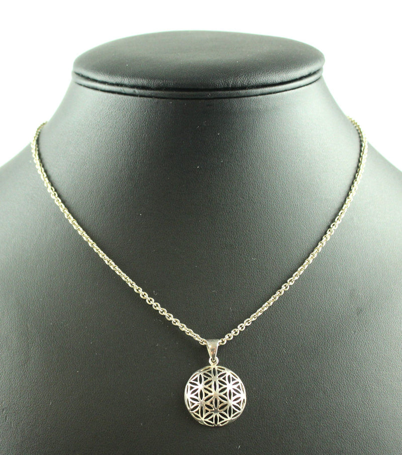 Links Of London 925 Sterling Silver Chain With Non LOL Pendant