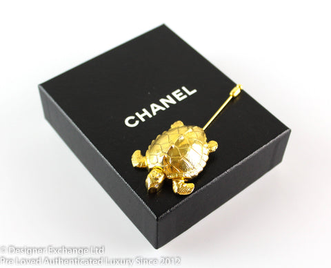 Chanel Goldtone Vintage Rare Turtle Pin/Brooch 96P