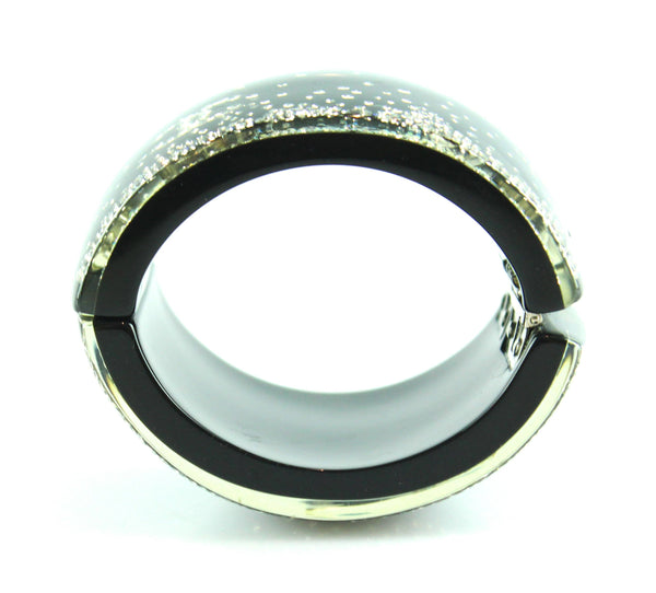 Chanel Resin Cuff 2012A Snowfall