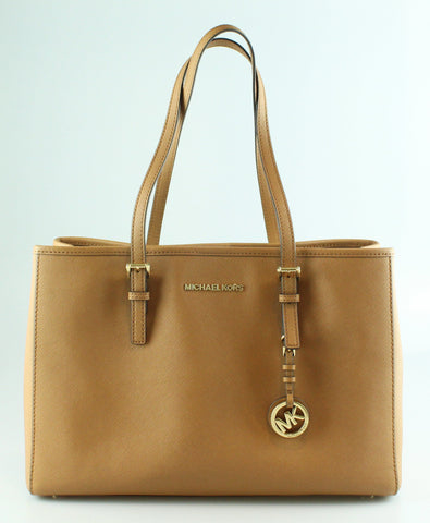 Michael Kors Jet Set Travel Tote Tan GHW