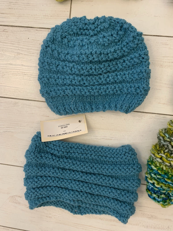 Eilish Craft Homemade Acrylic Wool Hat & Snood (Various Colours Available)