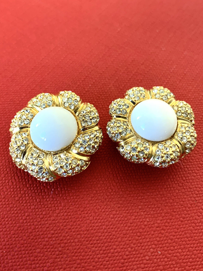 Christian Dior Vintage Gold Plated White Pearl Clip On Earrings