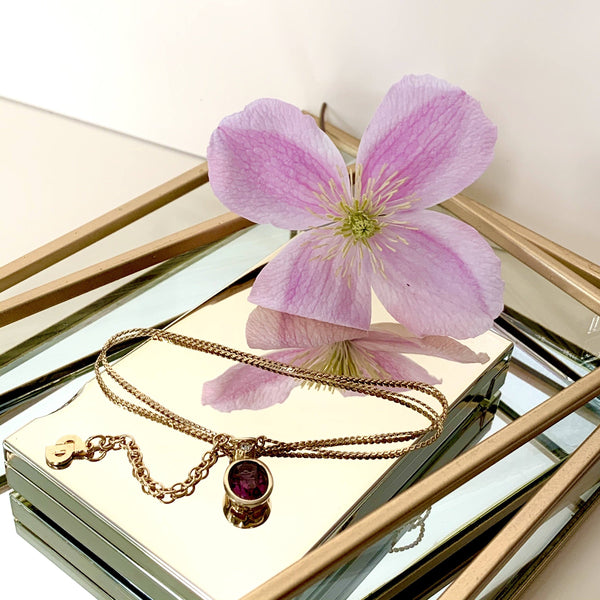 Christian Dior Vintage Faux Amethyst Stone On 42cm Chain