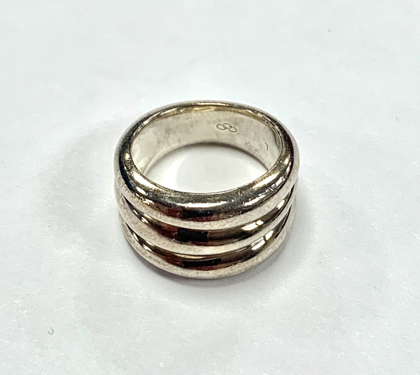 Links Of London Sterling Silver Stacked Shell L Ring Silver And Goldtone