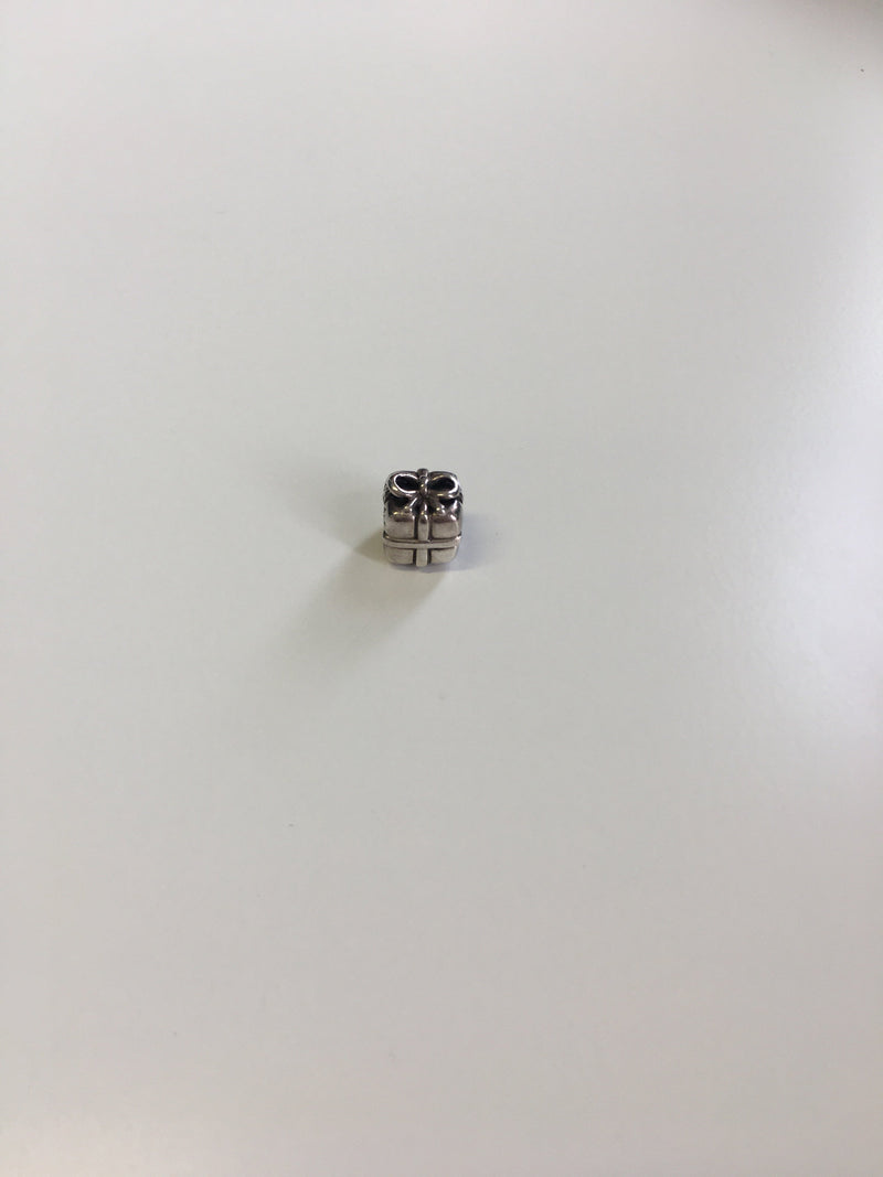 Pandora Sterling Silver Gift Box Charm (2)