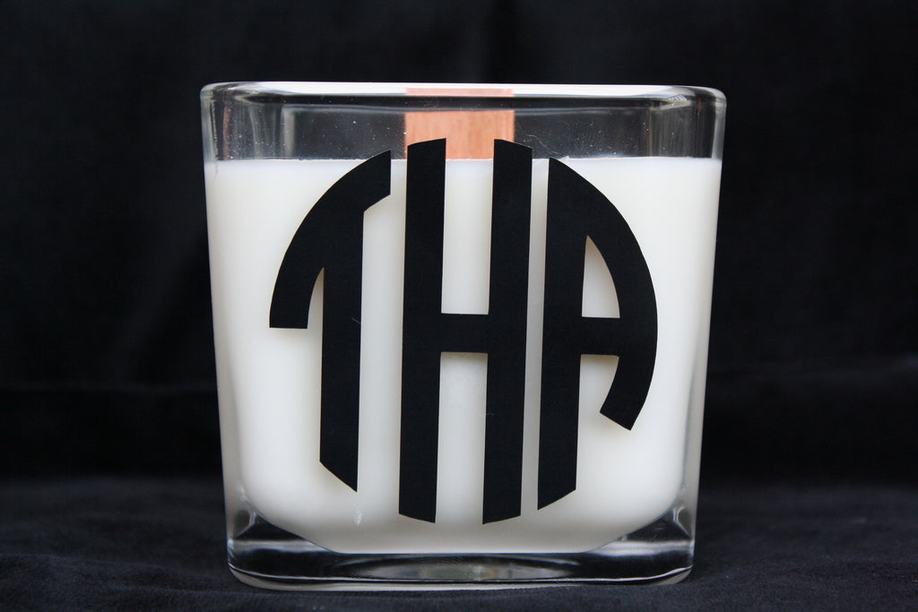 Monogram Candle - Circle - High Cotton Candle Company, LLC