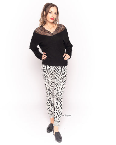 Knitted black white baroque print leggings