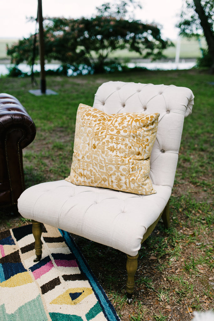 Armless Tufted Linen Chair