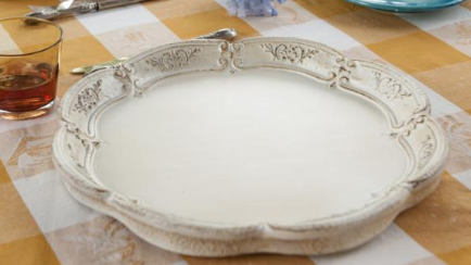 White Wooden Scalloped Edge Tray