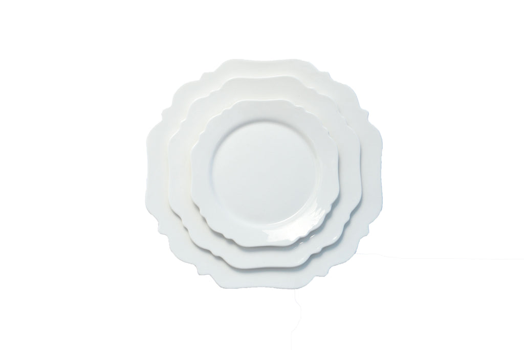 polished tabletop, polished, tabletop rentals, dishware, dishware rentals, plates, dishes, bowls, utensils, white scalloped edge plate