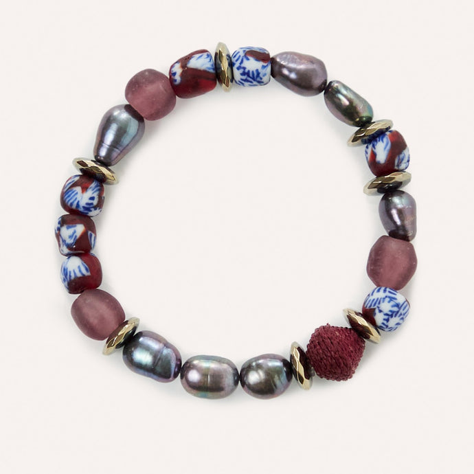 Flora Beaded Stretch Bracelet with Glass & Pearl