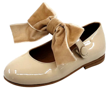 Atlanta Mocassin Girl's Snap Closure Velvet Bow Mary Jane, Taupe Sand