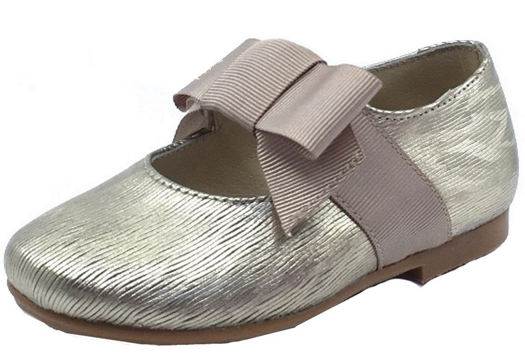 0492c1587a969 Luccini Girl's Mary Jane with Grosgrain Bow, Champagne