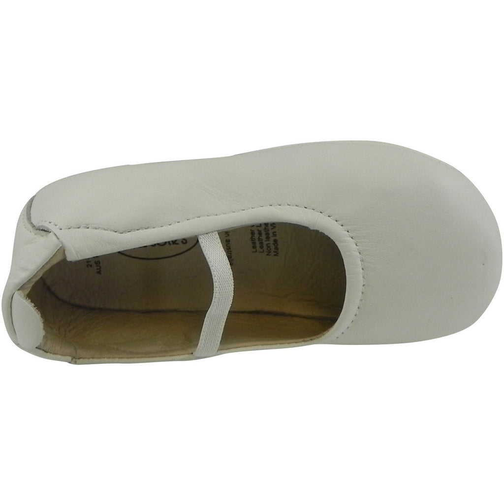 Old Soles Girl's 013 White Leather Luxury Ballet Flat - Just Shoes for Kids  - 6
