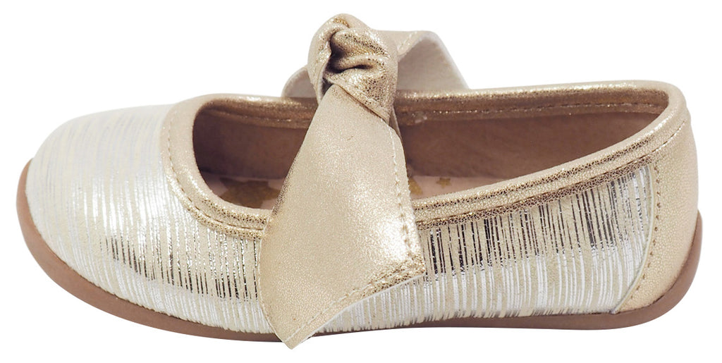 Livie & Luca Girl's Mary Jane with Light Gold Trim, Cream Tinsel