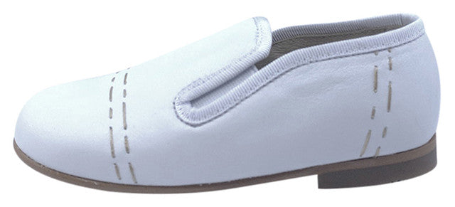 Luccini Boy's COSMOS Piso Point Natural Loafer - White