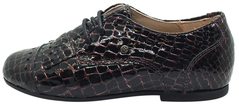 Manuela de Juan Girl's & Boy's Mat Wine Croc Embossed Patent Leather Lace Up Oxford Shoes with Stitched Fringe