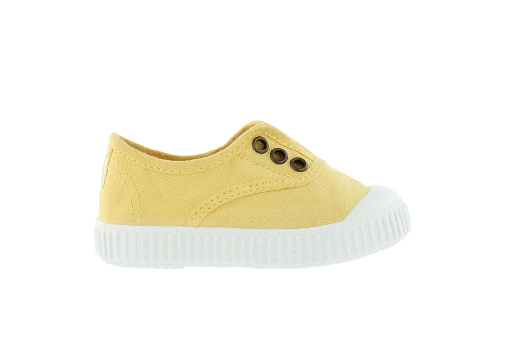 Girls Lacelss Canvas Sneakers