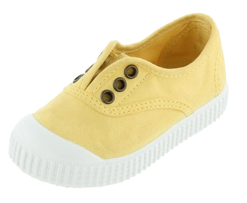 Victoria Girl's and Boy's Inglesa Slip-On Canvas Sneakers, Maiz