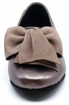BluBlonc for Girl's Metallic leather Grey Half Bow Slip On