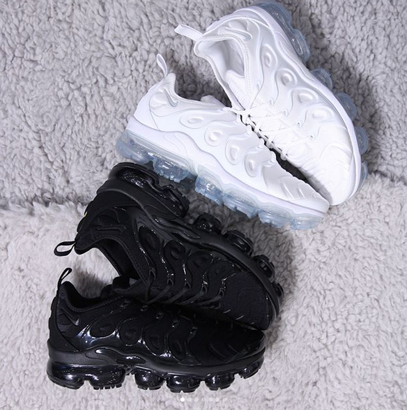 new products 7ac61 20271 Nike Vapormax Plus ALL WHITE/ALL BLACK – EXCLUCITYLIFE