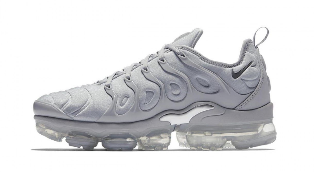 "Nike Vapormax Plus ""Wolf Grey"""