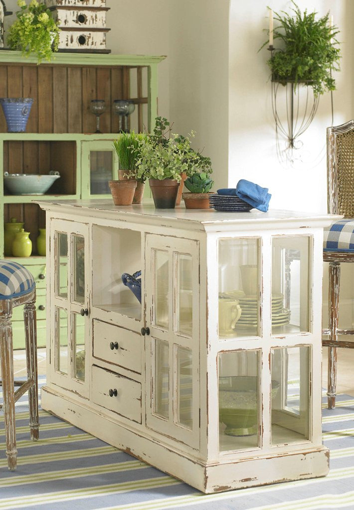 French Country Chic and Distressed Wood Collection