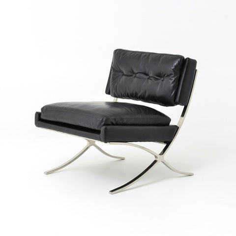Lounge Chair with Urban Appeal