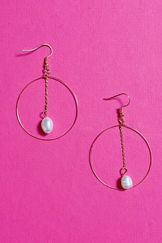 "So ""Fresh""water Pearl Earrings, Gold"