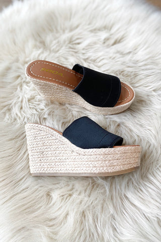Summertime Ease Platform Wedge