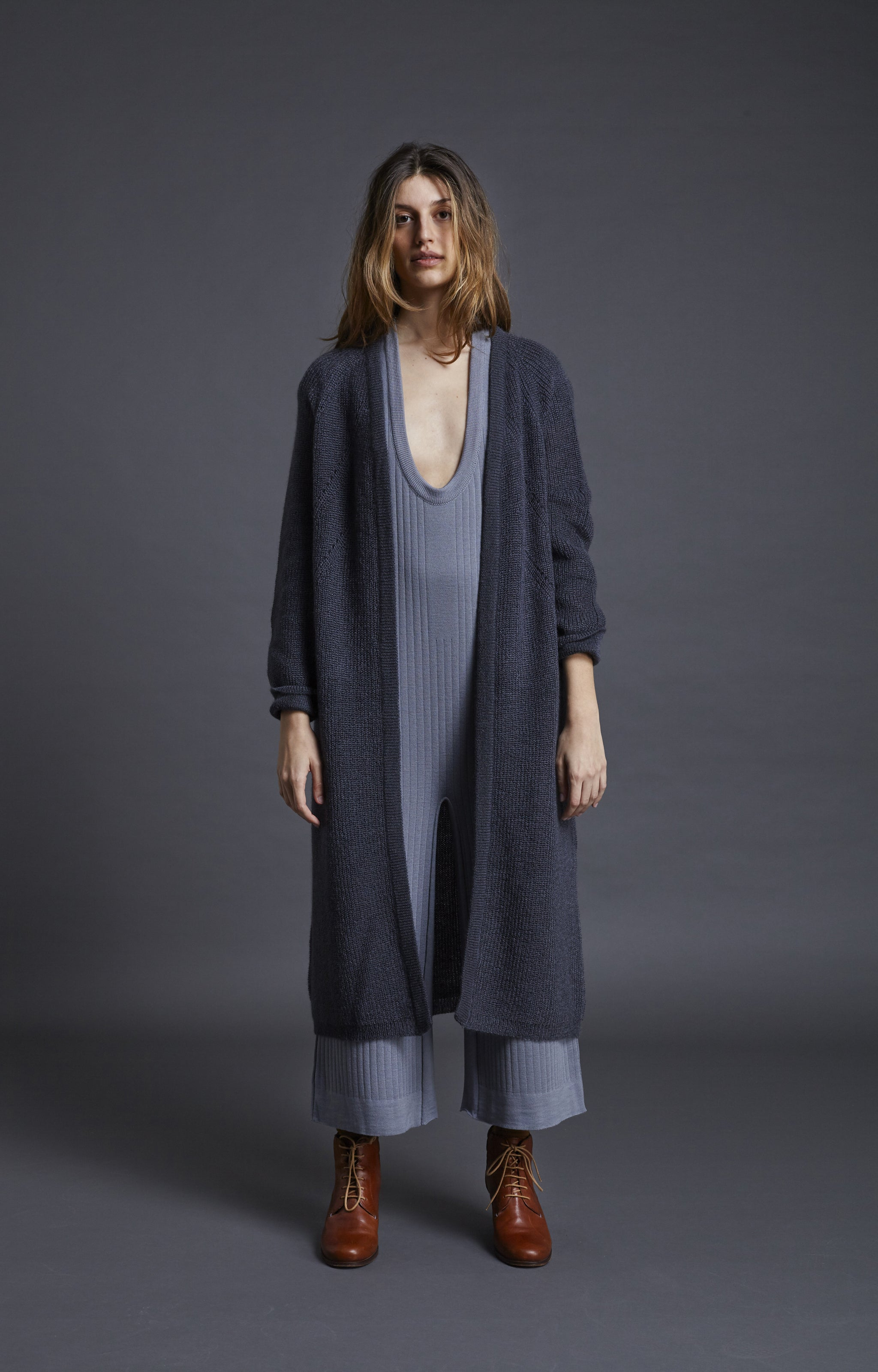 Long cluod cardigan