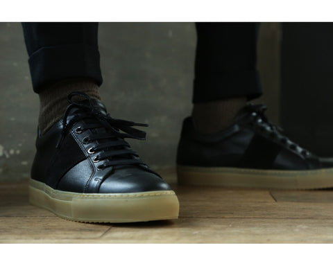 Edition 4 black suede / gum