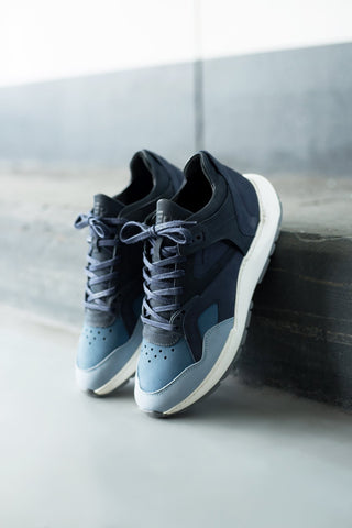 Low legacy arch runner foil navy blue / anthracite