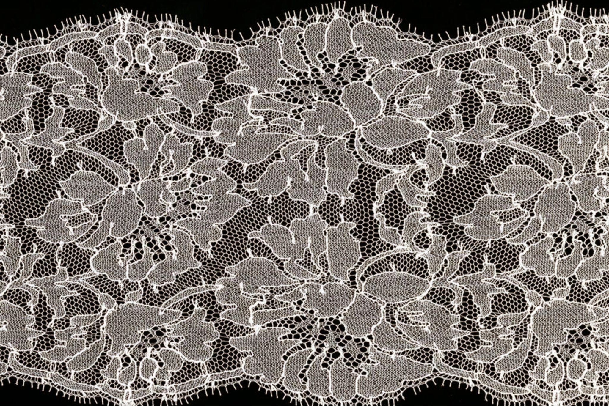 How to Shop for Lace Fabric