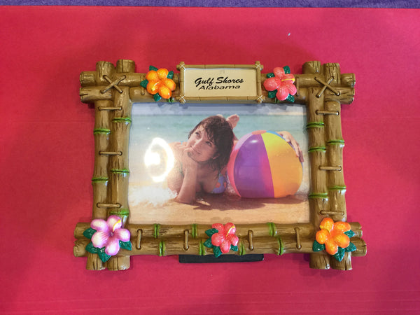 GS Resin Bamboo Frame with Hibiscus Flowers
