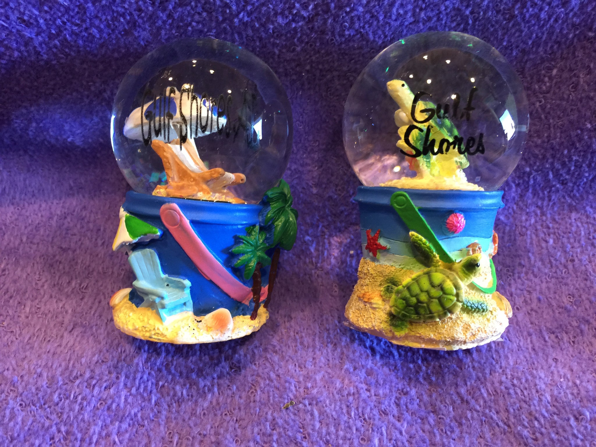 Small Resin Assorted Sand Buckets Snow Globes