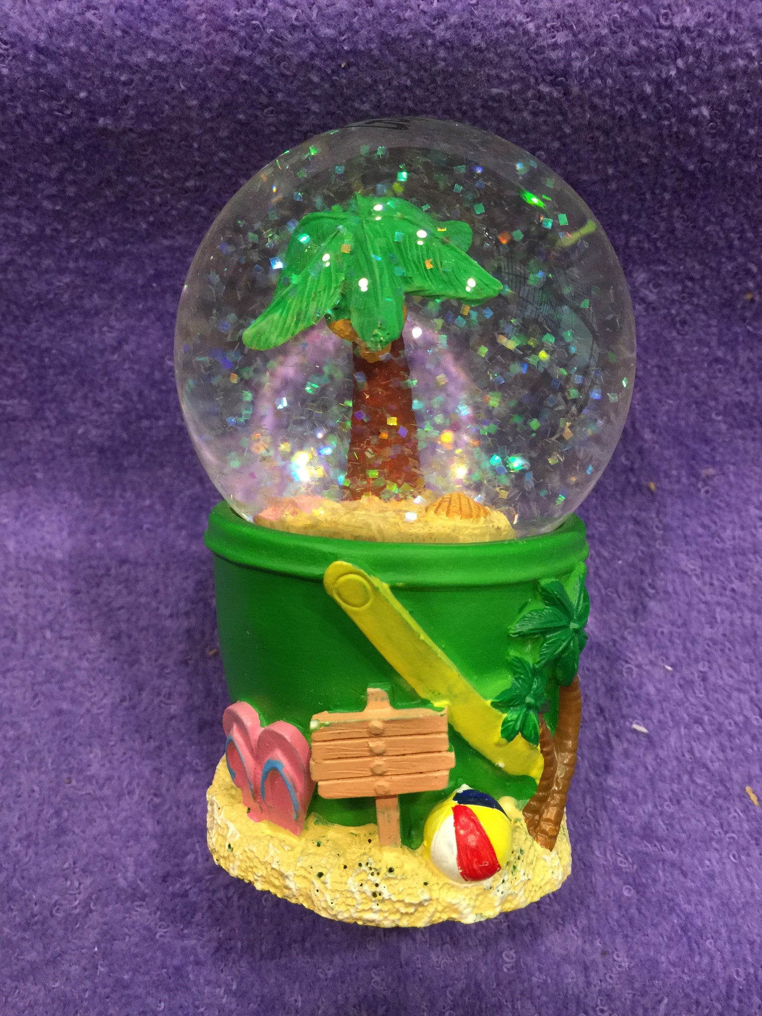 GS Palm Tree in Sand Bucket Snowglobe