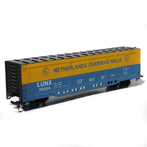 Bachmann HO Scale Netherlands Overseas Mills Box Car with Molotow Twin Marker Set